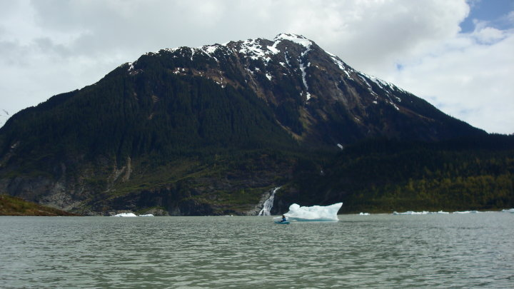 kayaking glacier